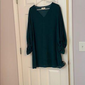 Emerald green bubble sheer sleeve dress
